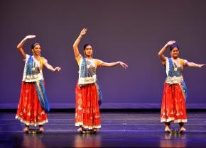 ANISHA SEHGAL SANJANA AND SUSMITA ROY IN THALI DANCE 5