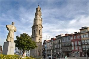 torre-iglesia-clerigos-oporto