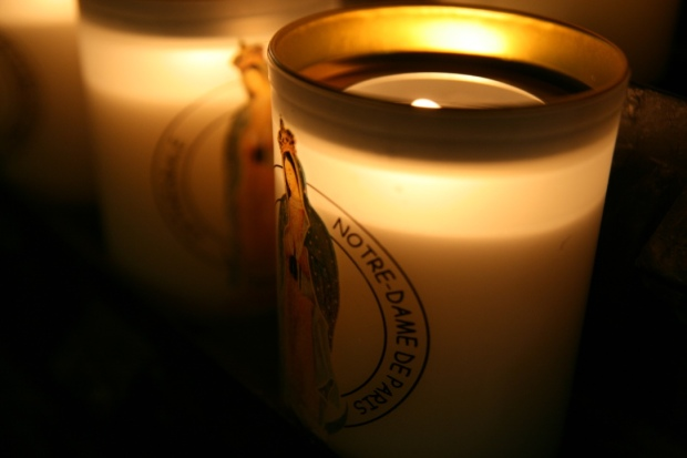 9_Notre-Dame Candles.jpg