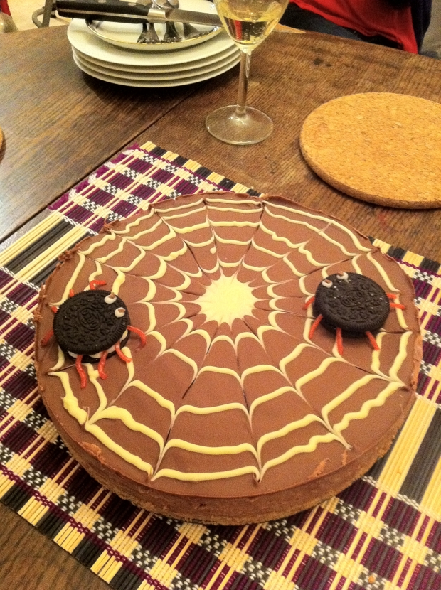spooky-spider-chocolate-cheesecake1